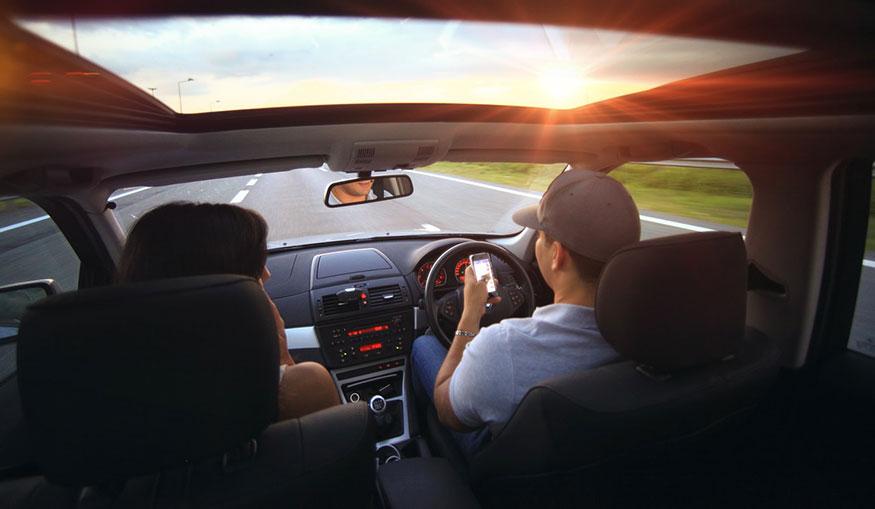 Conduceți încet și cu grijă